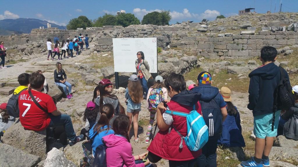Öğrencilerimiz Bergama ve Efes'i Gezdi
