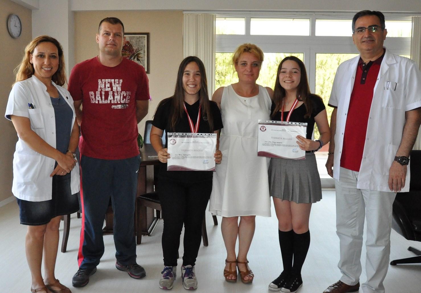 """""""MEV Spor Şenliği""""nin Fair Play Ödüllü Öğrencileri"""