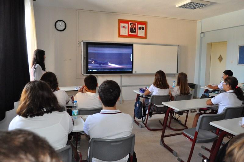 Şehit ve Gazilerimizi Okulun İlk Gününde Andık