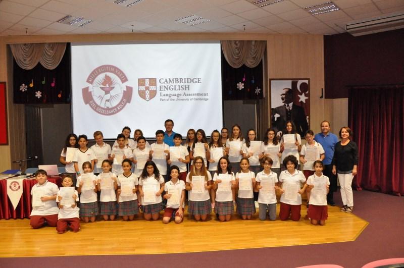 Öğrencilerimize Cambridge Sınavı Sertifikaları Törenle Verildi
