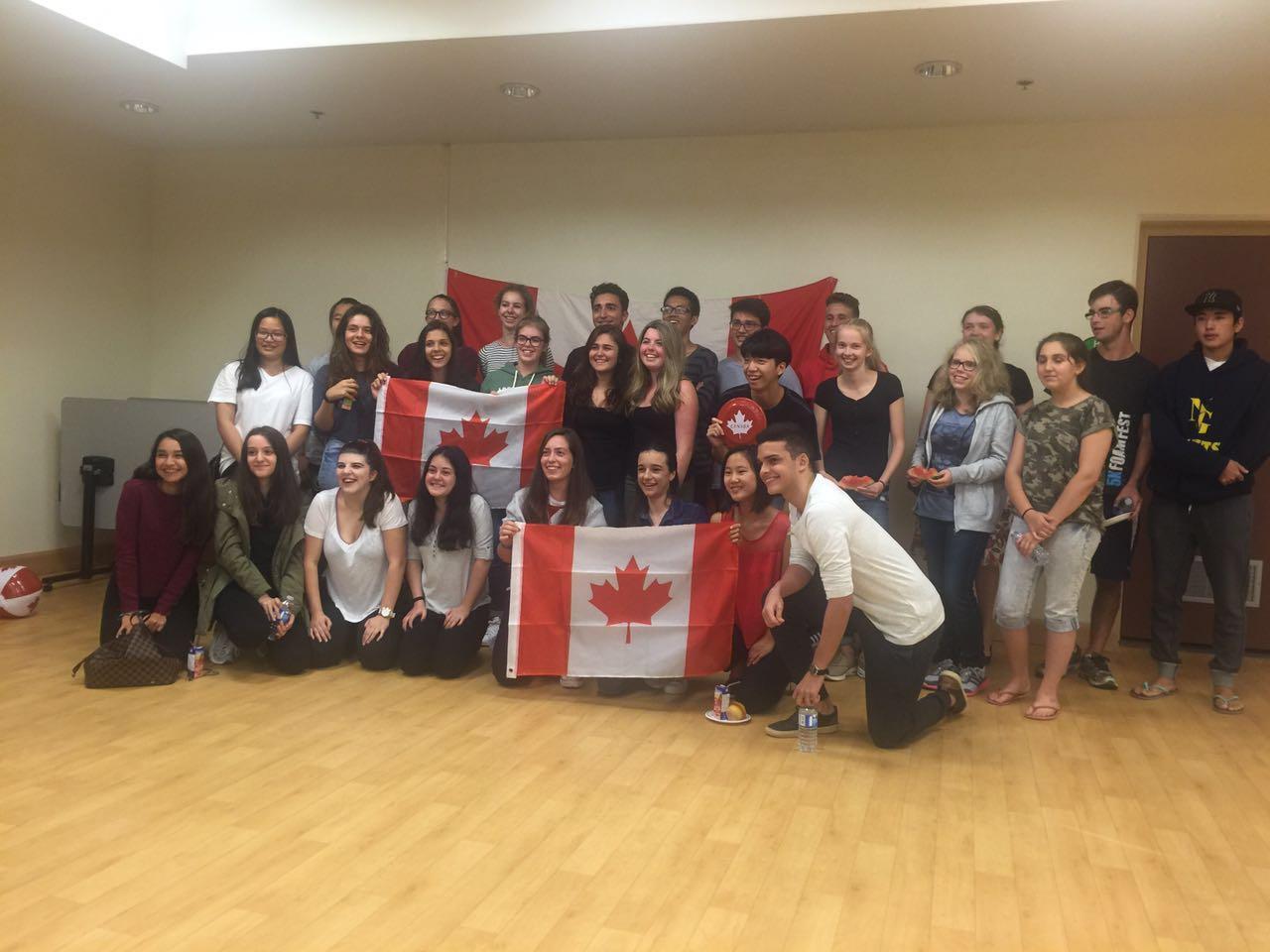 İki Öğrencimiz Kanada'da Öğrenci Değişim Programında