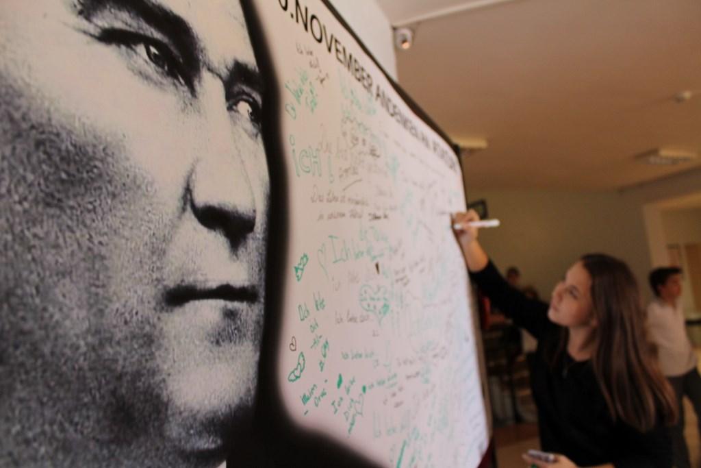 Wir lieben dich Atatürk