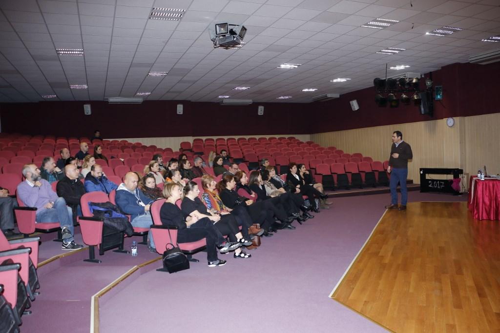 4. Sınıf Velilerine Ortaokul Tanıtımı Yapıldı