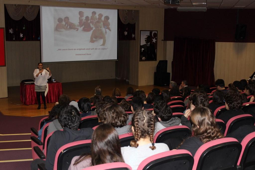 Öğrencilerimiz Aachen Üniversitesi Hakkında Bilgi Aldı