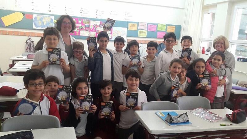 Nur İçözü ile Sınıflarda Samimi Bir Söyleşi