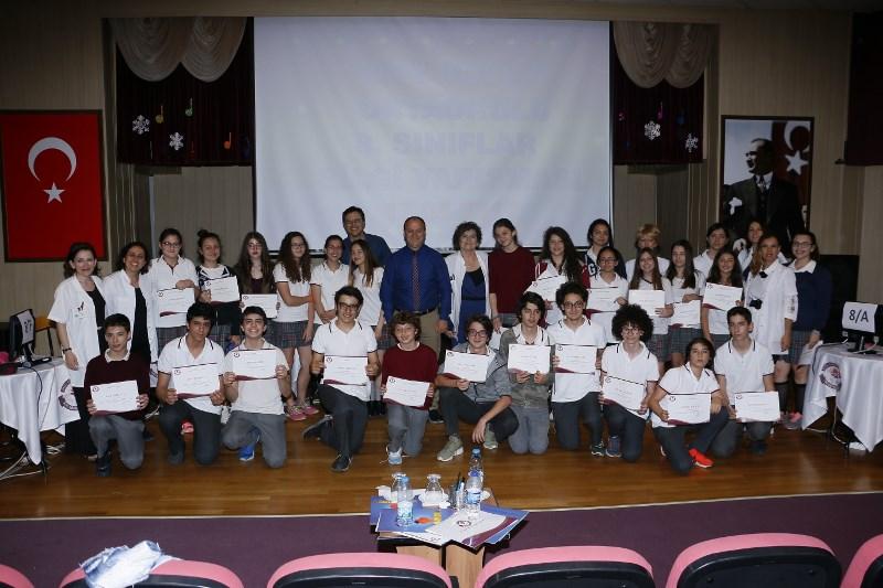 8. Sınıflar Bilgi Yarışmasının Galibi 8-C