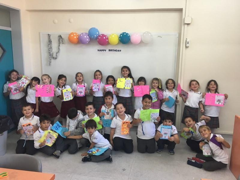 İngilizce Doğum Günü Kartları Hazırladılar