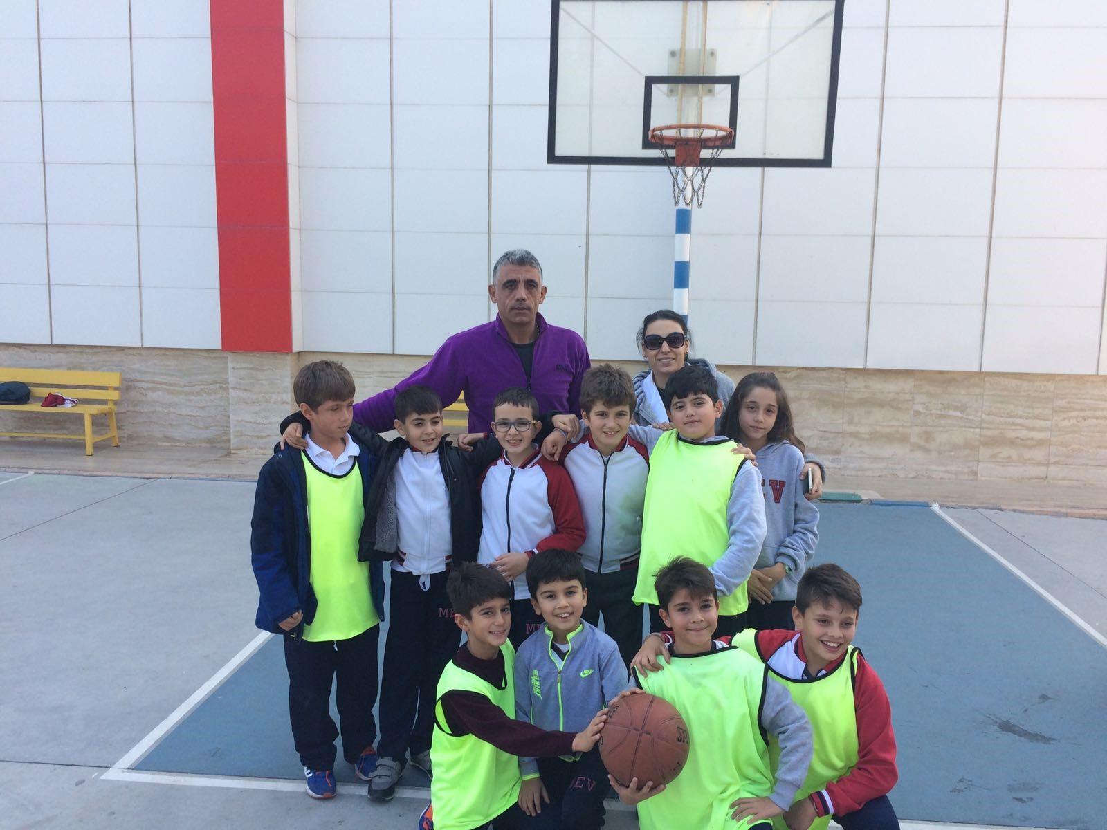 4. Sınıflar Basketbol Turnuvasının Galibi 4-A