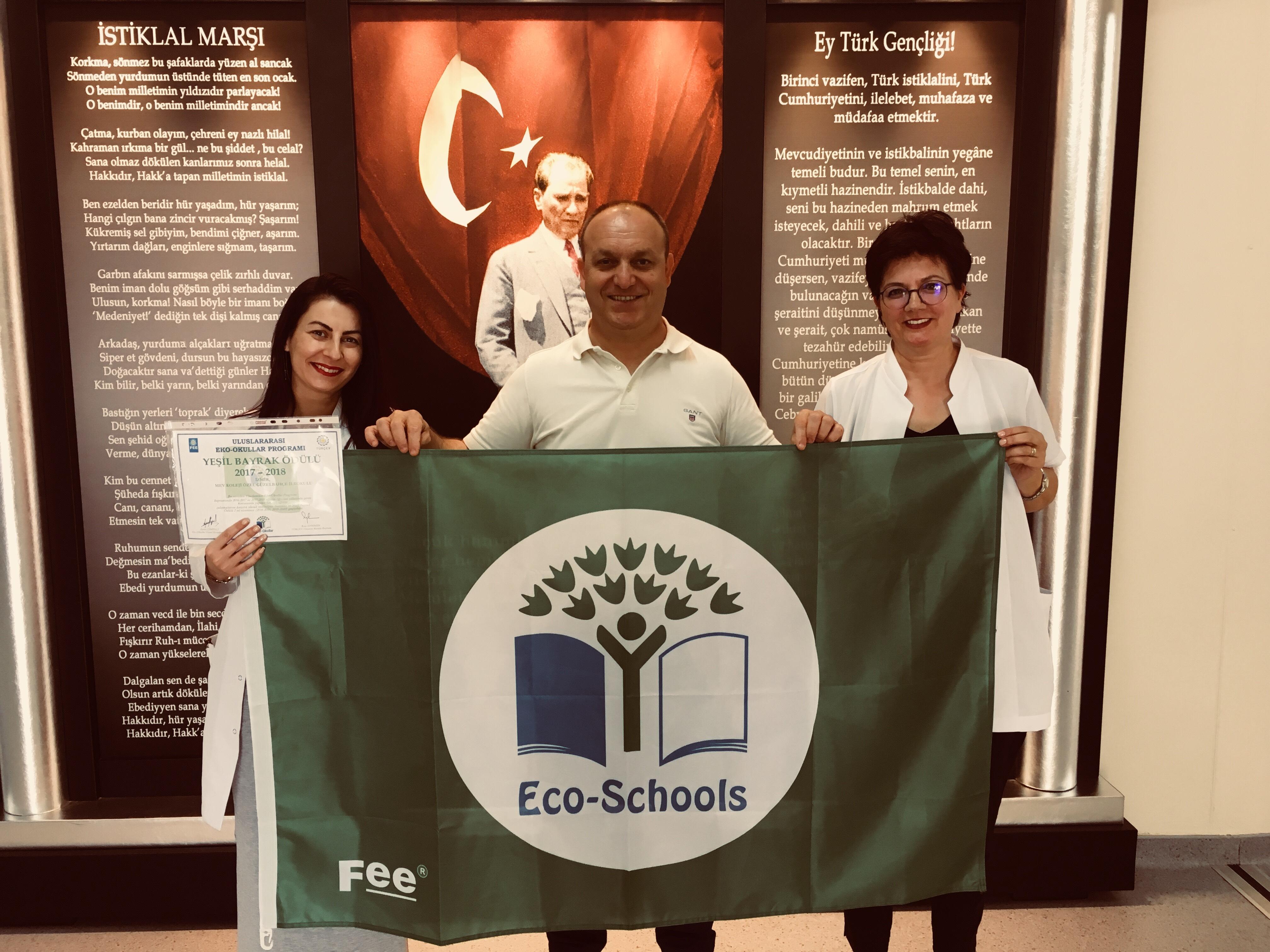 Çevreci Öğrencilerimize Yeşil Bayrak ve Orman Bayrağı Ödülü