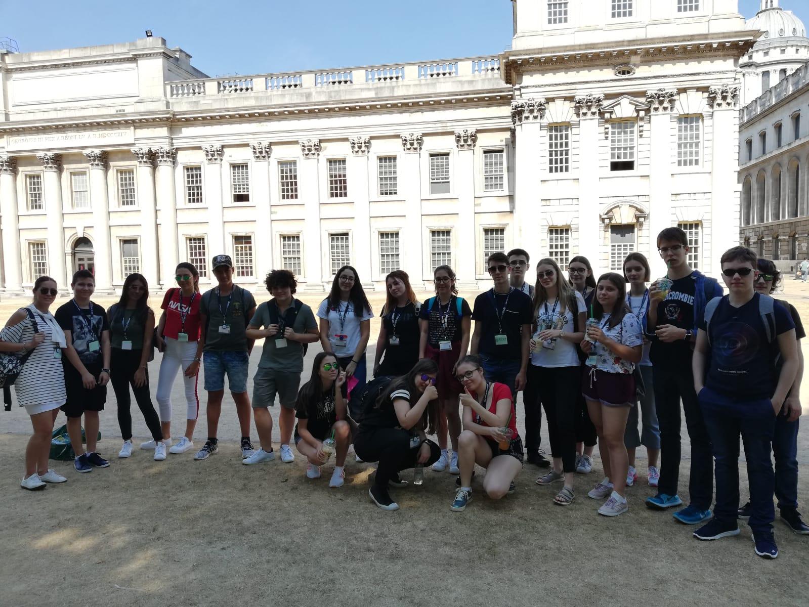 Öğrencilerimiz İngiltere'de Yaz Okulunda