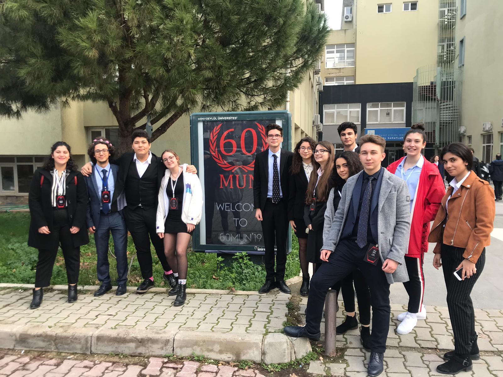 MEVMUN Öğrencileri 60MUN'dan Başarıyla Döndü