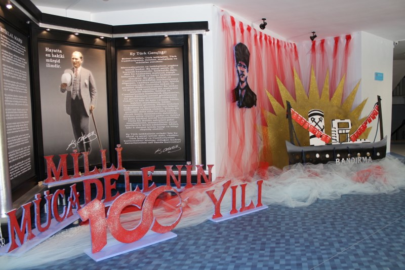 19 Mayıs'ın 100. Yılında Bandırma Vapuru Atatürk Köşemizde