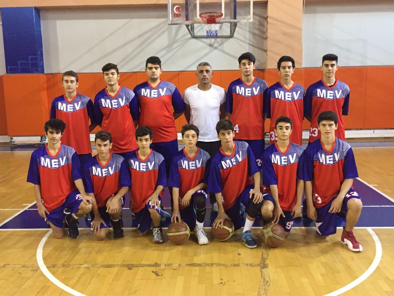 Lise Basketbol Takımımızdan İlk Maçta İlk Galibiyet