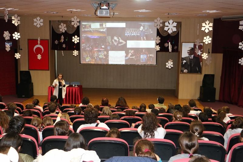 4. Sınıf Öğrenci ve Velilerimize Ortaokul Tanıtımı Yapıldı