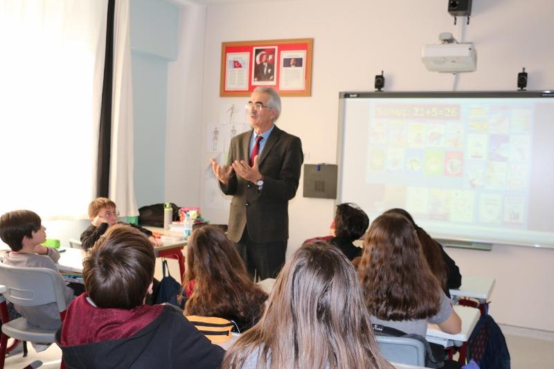 6. Sınıf Öğrencilerimiz Yazar Mehmet Atilla ile Buluştu