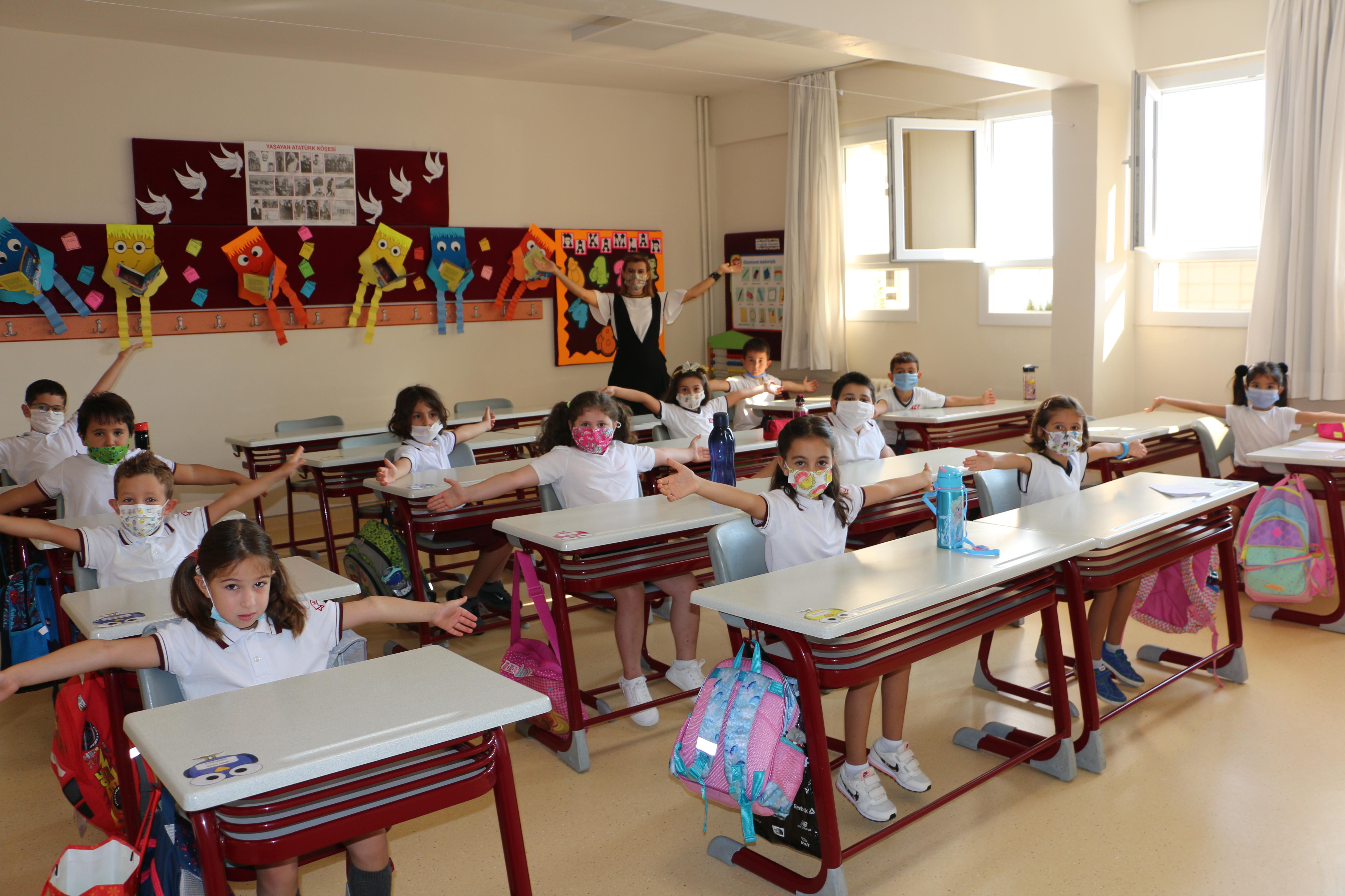 Yüz Yüze Eğitimde İlk Gün Heyecan Doruktaydı