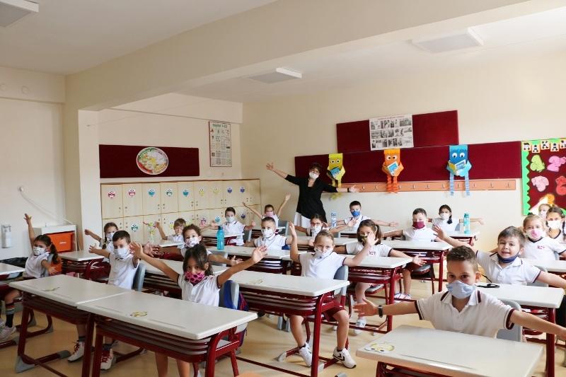 1-B Şubesi Öğrencilerimiz Ders Başı Yaptı