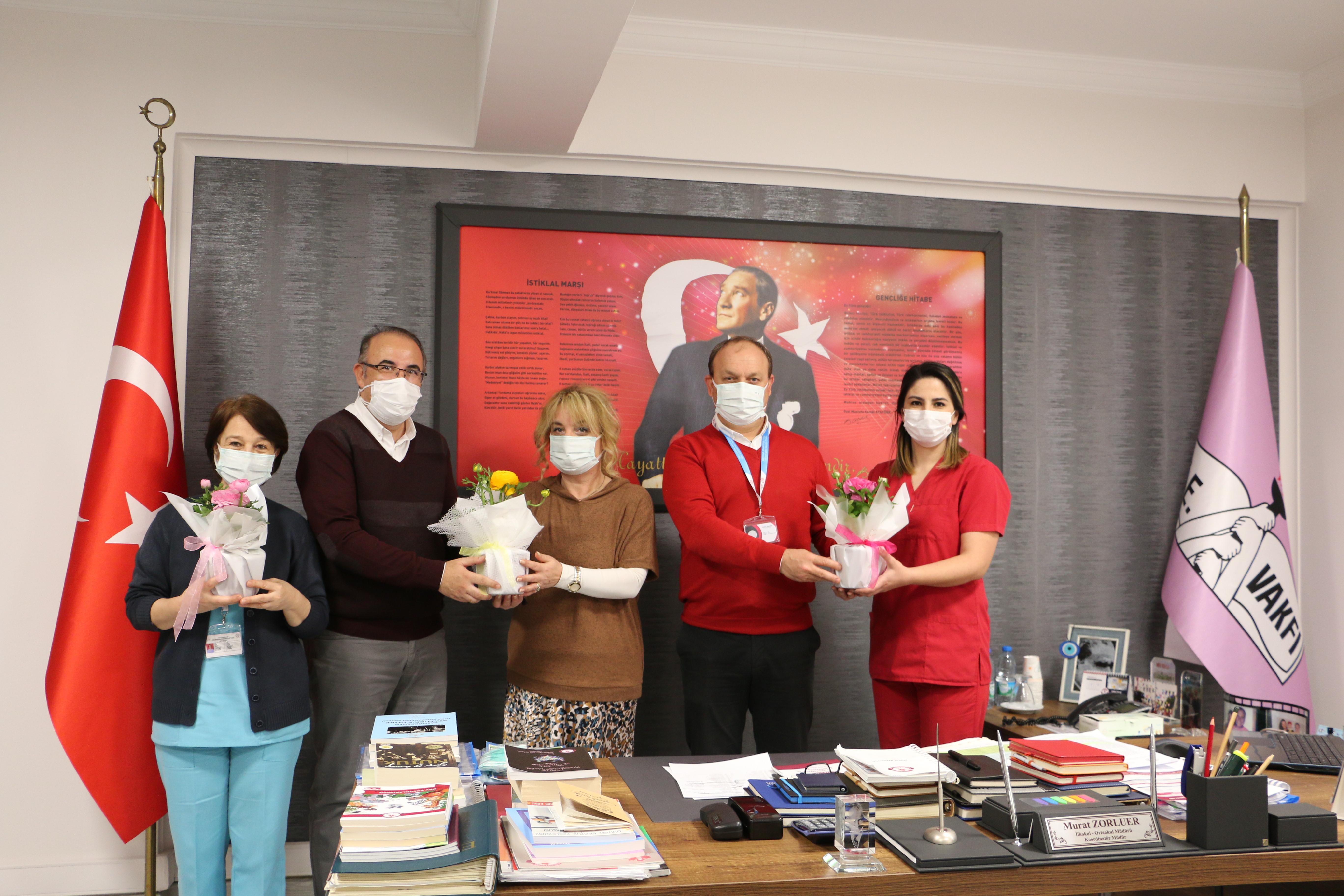 Sağlık Emekçilerimizin Gününü Kutladık