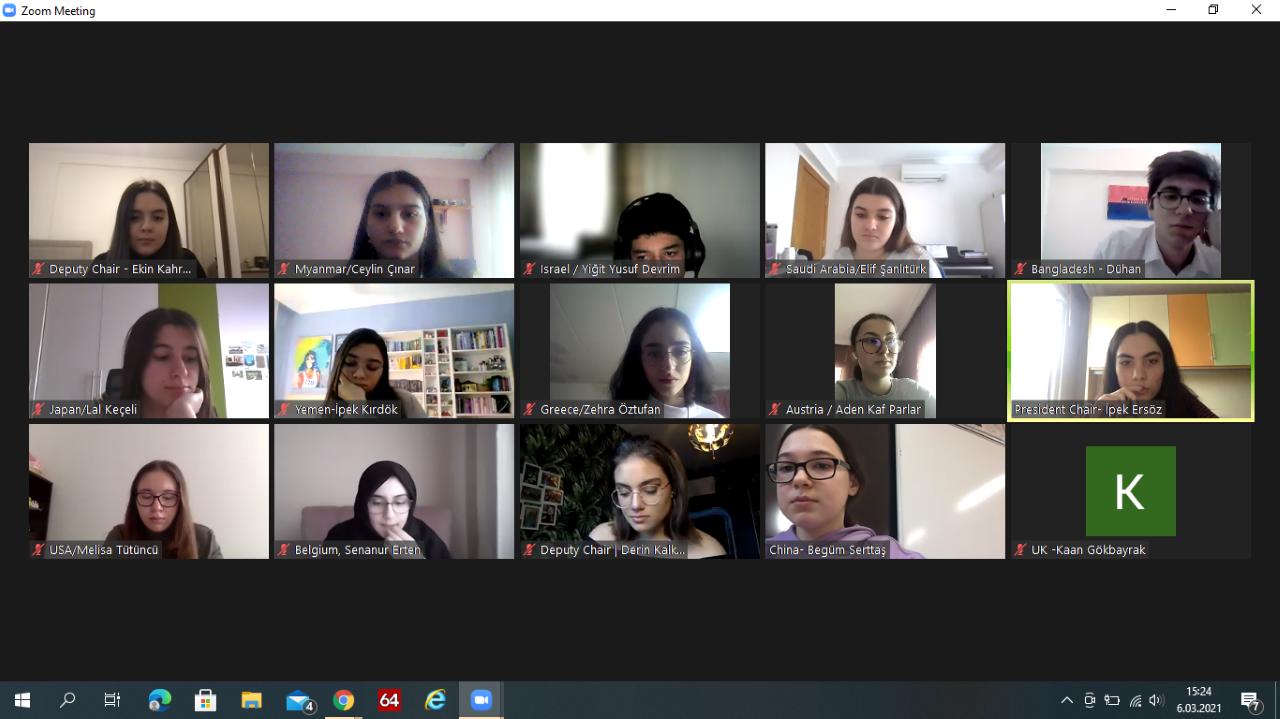 Dünyanın Derdini Dert Edinen MEVMUN Kulübü Öğrencilerimiz Çözüm Önerilerini Sundu