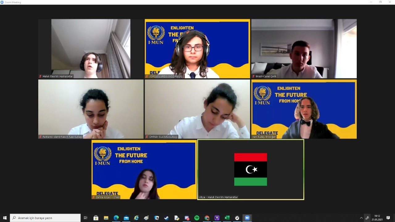 MEV MUN Kulübü Öğrencilerimiz FMV-IMUN Konferansına Katıldı