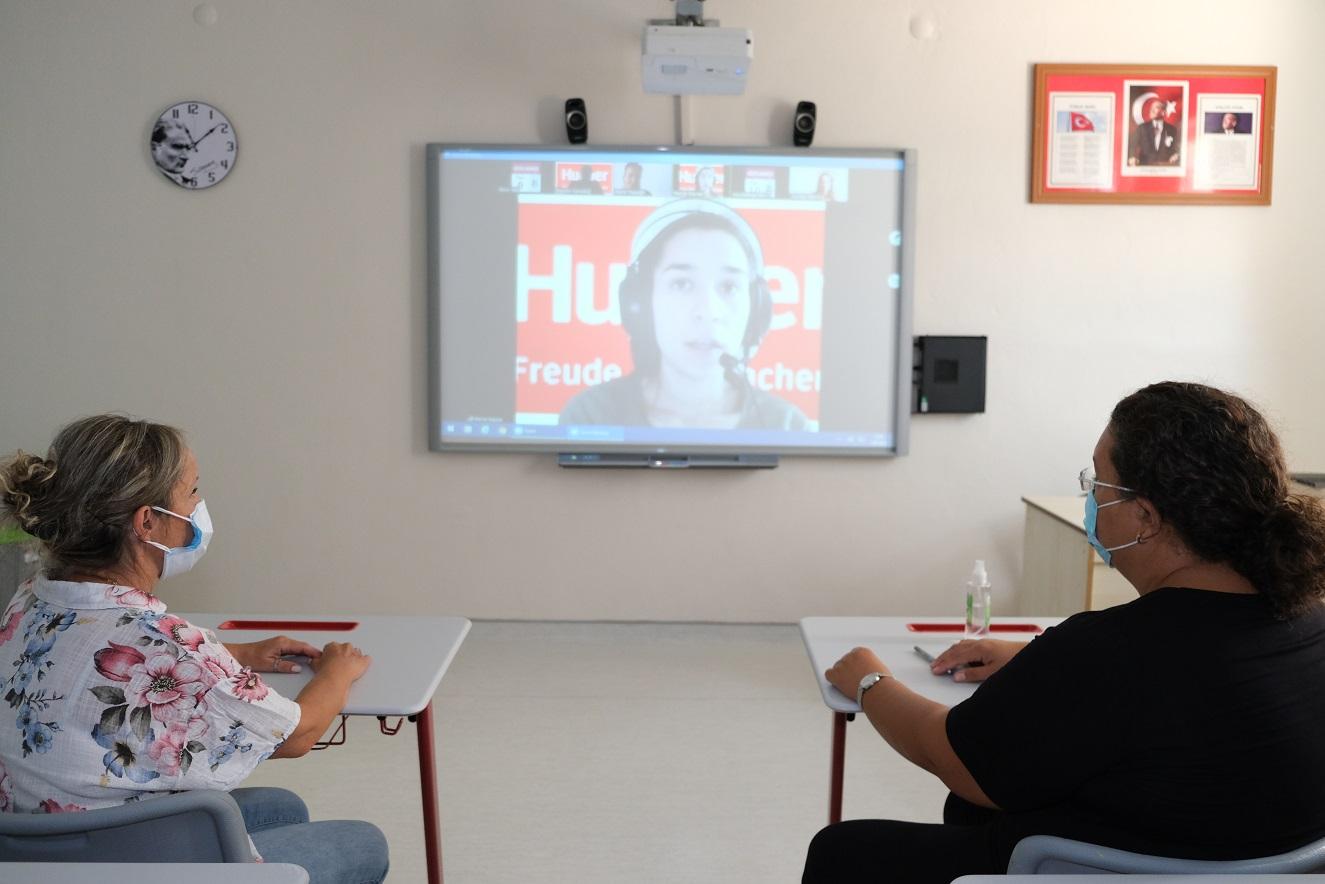 Almanca Öğretmenlerimiz Yeni Dönemin İlk Seminerini Aldı