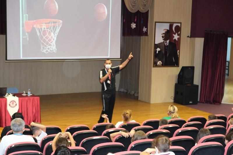 Öğrencilerimize Sosyal Etkinlik Kulüpleri Tanıtıldı