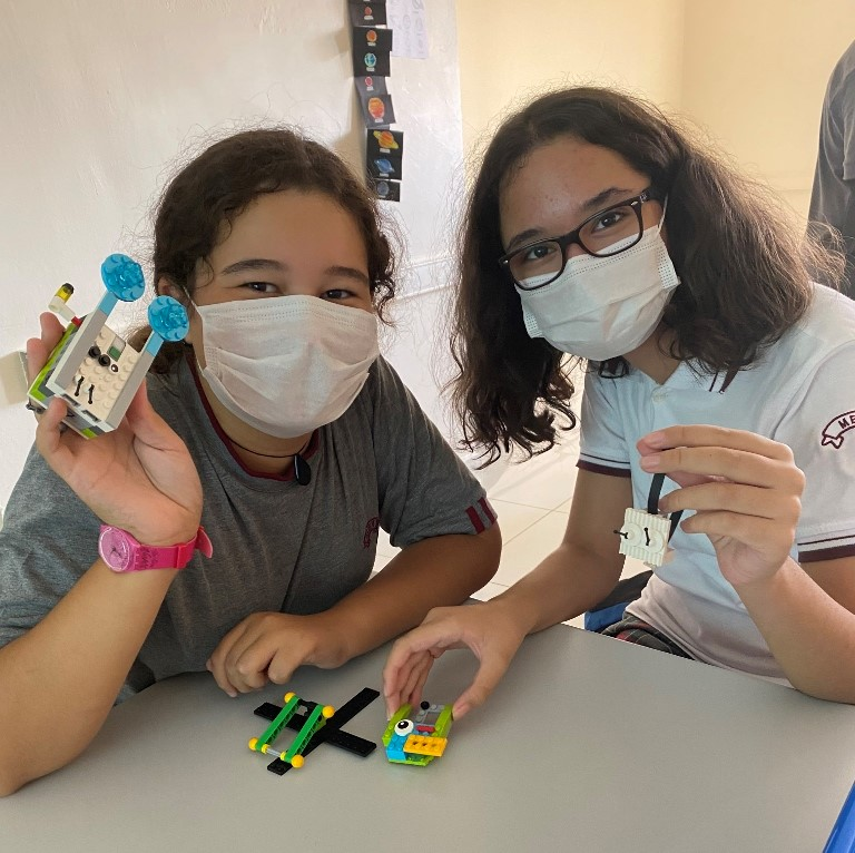 Seçmeli Bilim Uygulamaları Dersimizde Öğrencilerimizin Yaratıcılıkları Ürünlere Dönüşüyor
