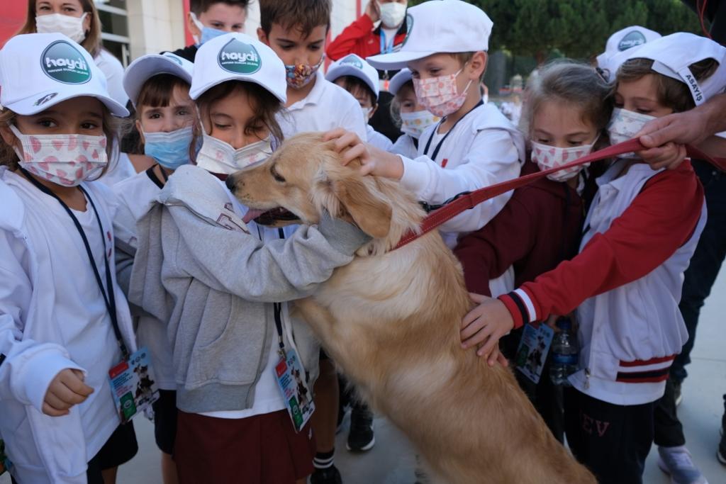 2. Sınıf Öğrencilerimiz Hayvanları Koruma Gönüllü Görevlisi Oldu