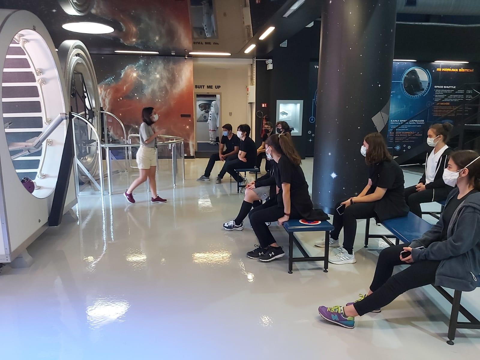 Uzay Teknolojileri Hakkında Bilgi Aldılar